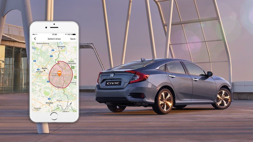 visione a tre quarti posteriore con Honda Civic e Iphone