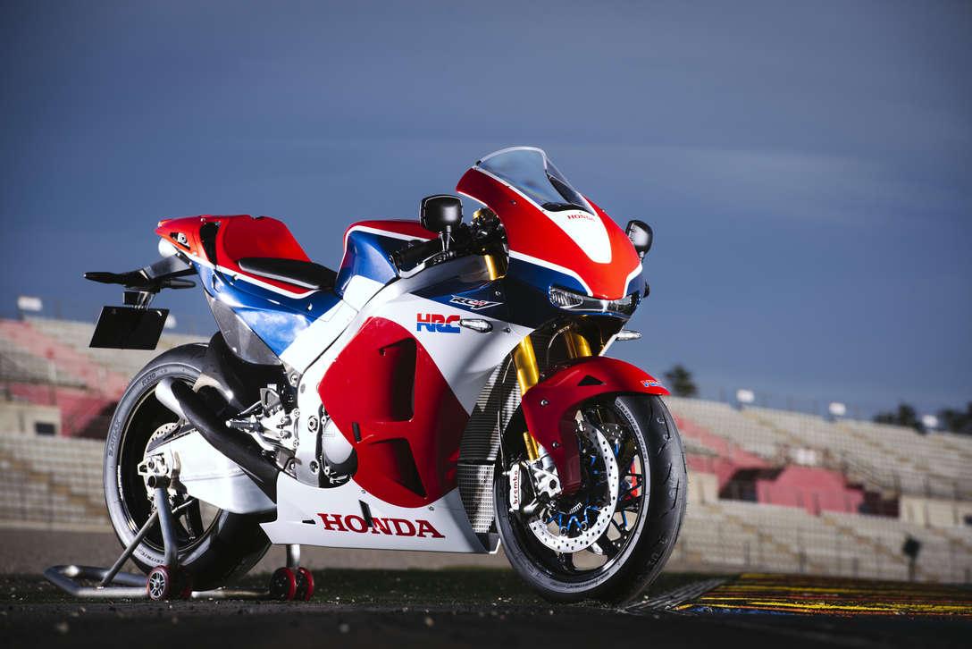https://www.honda.it/content/dam/central/motorcycles/rcv/HONDA_RC213_Valencia.045.jpg/_jcr_content/renditions/c5.jpg