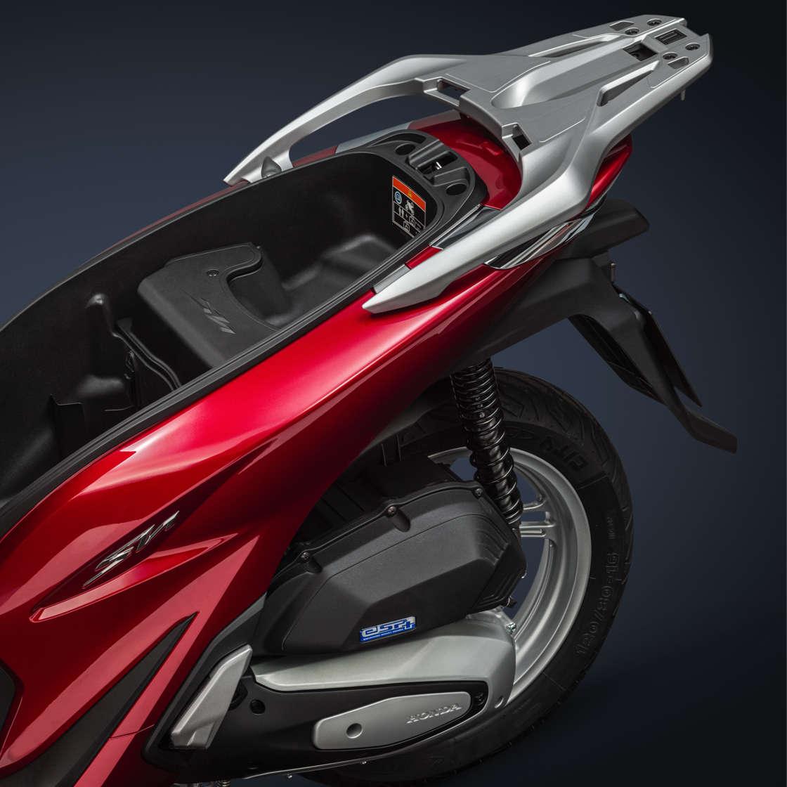 Honda SH125i, zoom sul vano bagagli