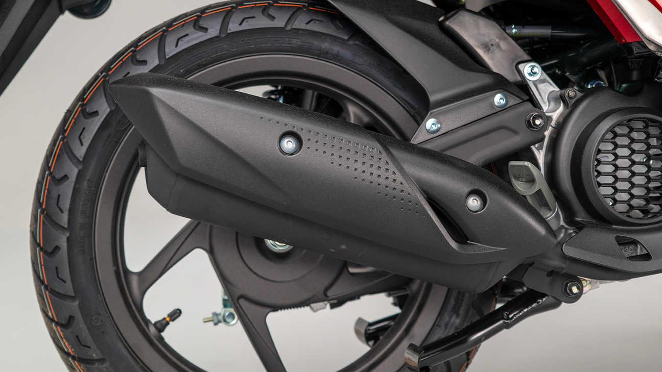 Honda Vision 110, nuove ruote sportive leggere con telaio in acciaio