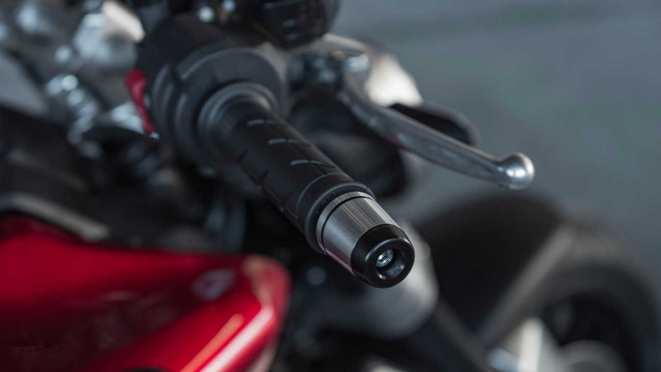 Honda CB1000R, comando del gas Throttle by Wire (acceleratore elettronico)